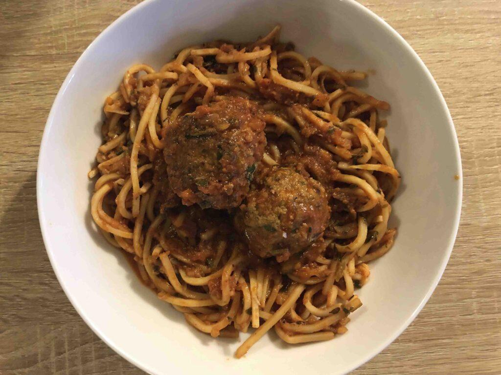 paleo pasta spaghetti and meatballs